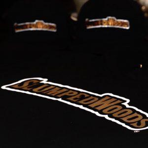 BLACK CREW NECK REGULAR GOLD PRINT